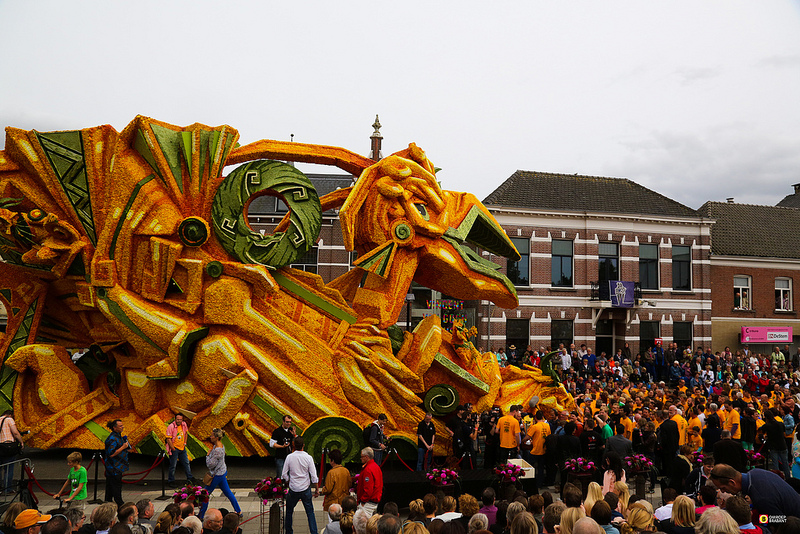 parade de chars fleuris au Pays-Bas