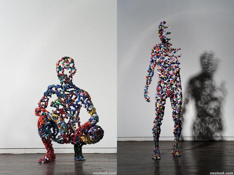 sculpture d'anatomie avec des dés