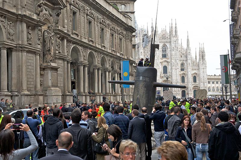 Un sous-marins dans les rues de Milan