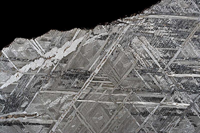 motifs à l'intérieur d'une météorite