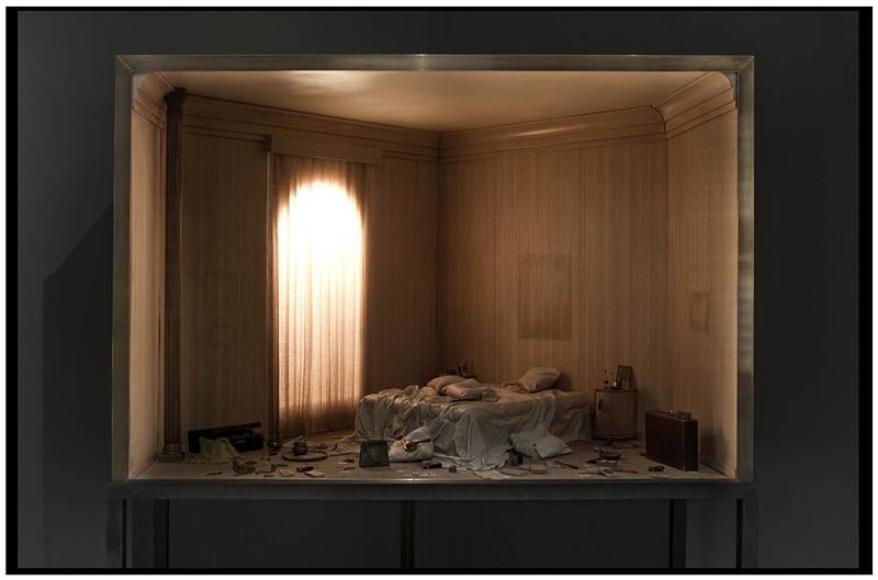 intérieur d'habitation reproduit dans un boitier