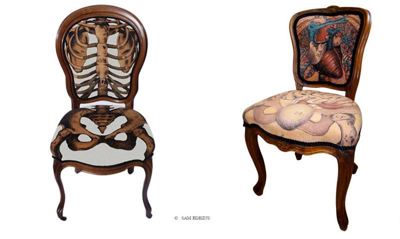 chaise anatomique avec imprimé de squelette