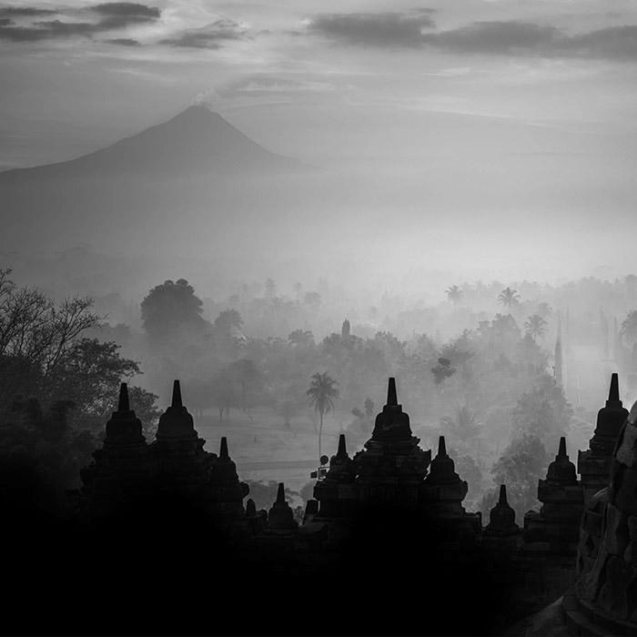 paysage d'Asie en noir et blanc