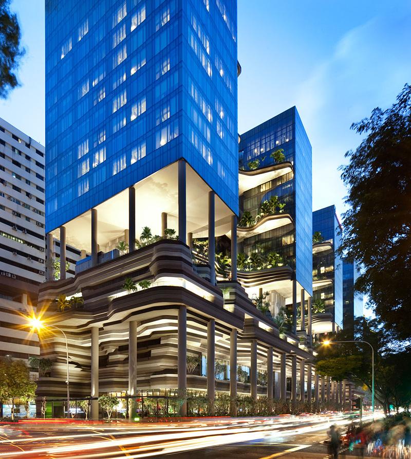 jardin suspendu dans un hôtel à Singapour