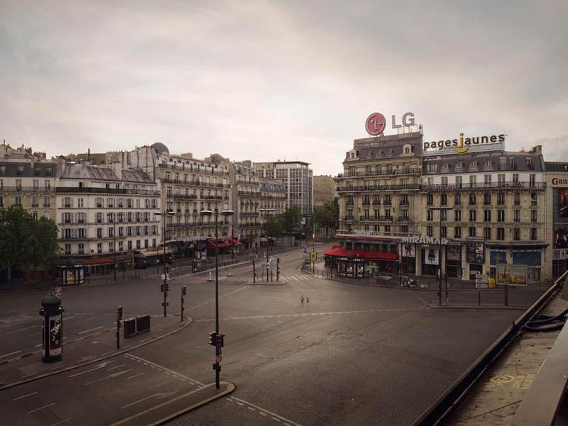Place Montparnasse vide, Paris
