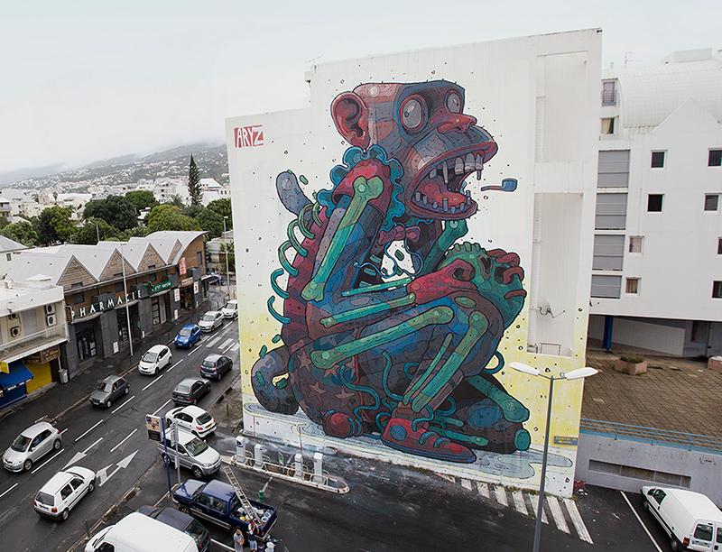 immense fresque murale