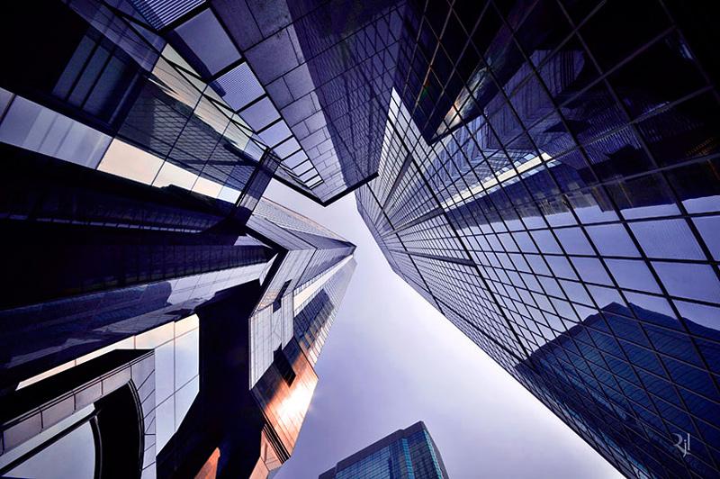 vue en contre plongée de bâtiments à Hong Kong