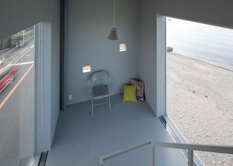 une mini maison en bord de mer