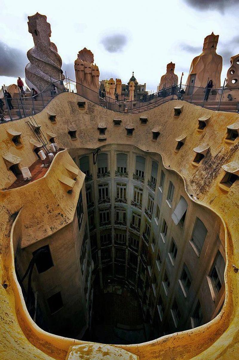 Casa Milà de Antoni Gaudí à Barcelone