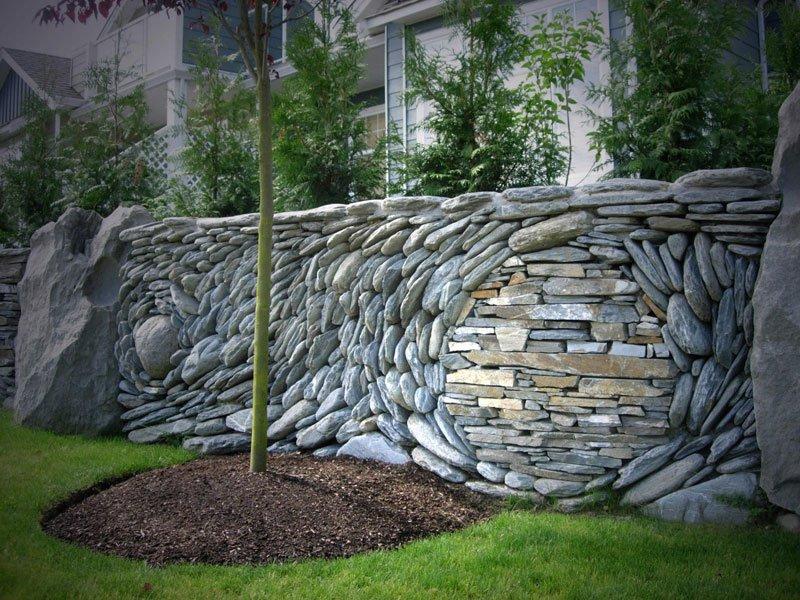 murs de pierre d'Andreas Kunert et Naomi Zettl