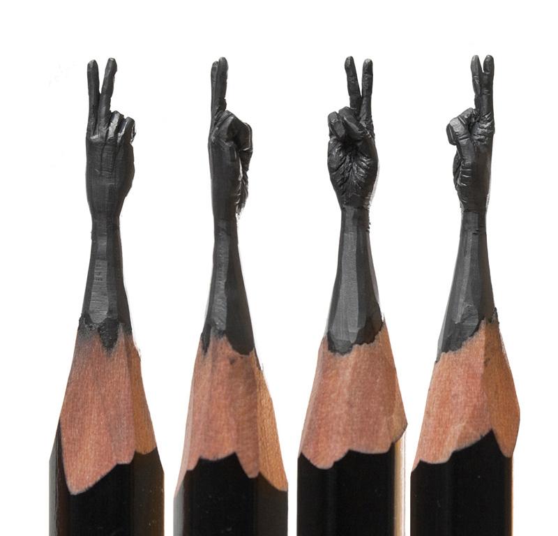 Sculptures sur des mines de crayon par Salavat Fidai