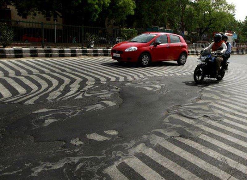 route en train de fondre à cause d'une canicule en Inde