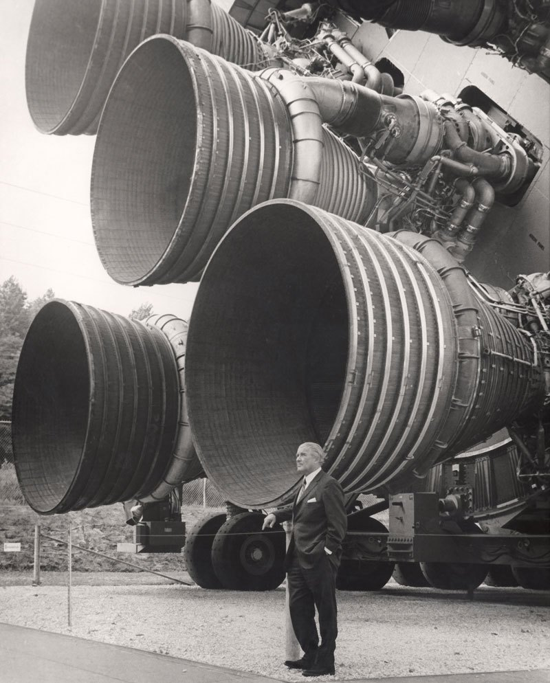 propulseur de fusée saturne V et son inventeur Wernher von Braun