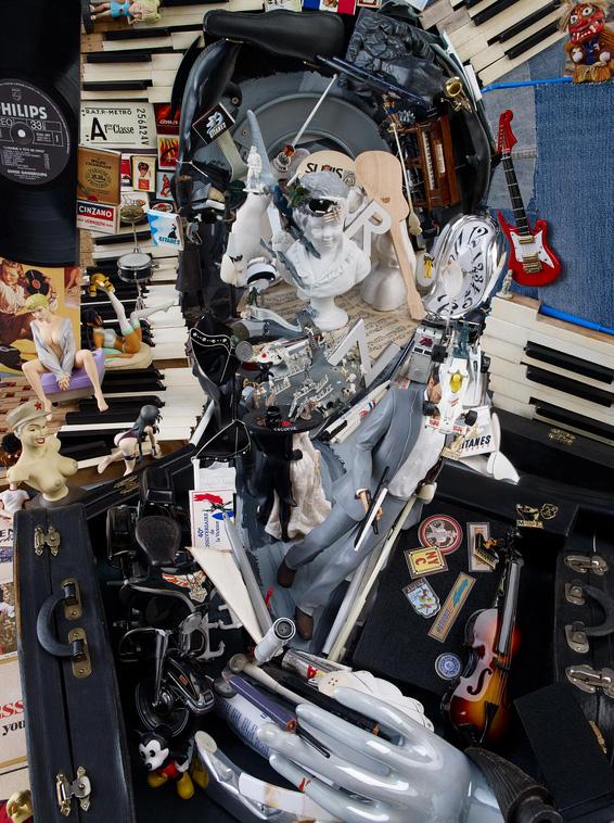 anamorphoses en objets recyclés de Bernard Pras