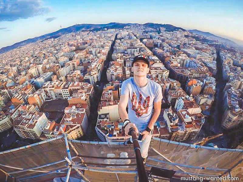 Vue panoramique surplombante prise à partir du sommet de la Sagrada Familia