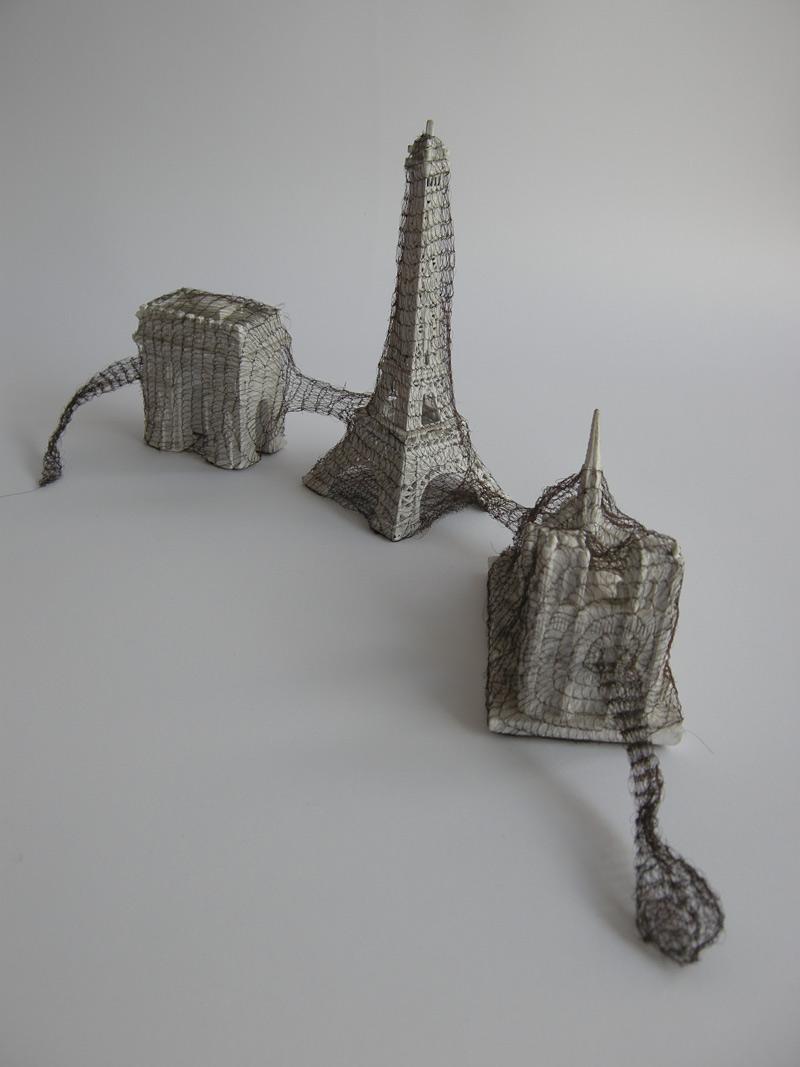 sculptures avec des cheveux tissés