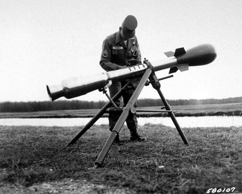 Lance-roquette Davy Crockett avec bombe nucléaire