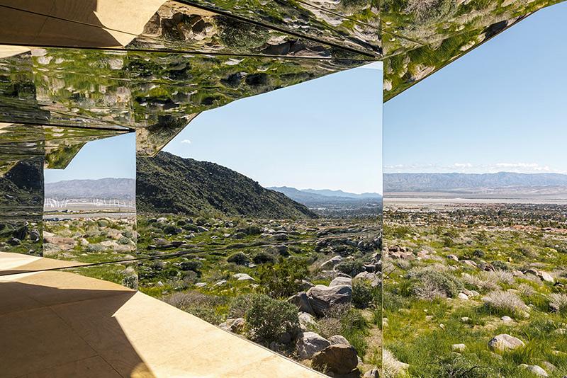 La maison aux reflets de Doug Aitken