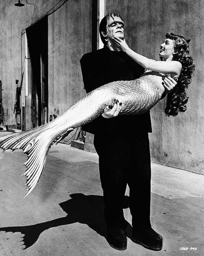 Glenn Strange et Ann Blyth