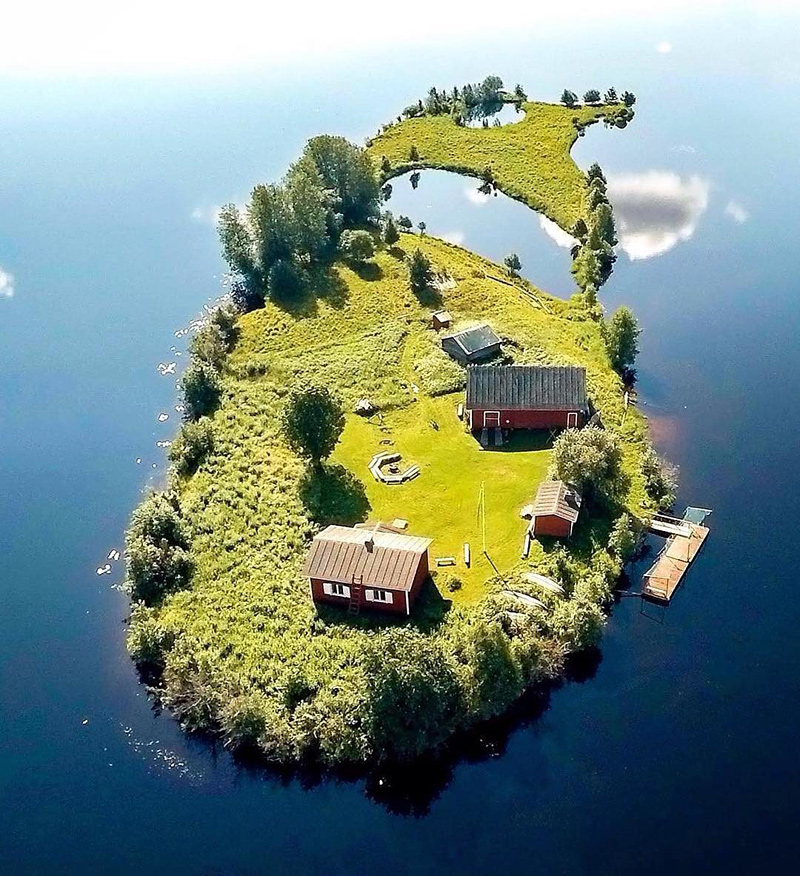 Petite île à Rovaniemi en Finlande
