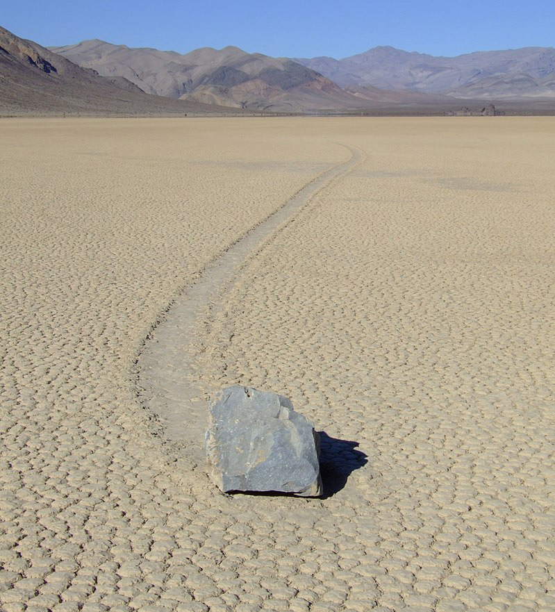 Pierres mouvantes à Racetrack Playa