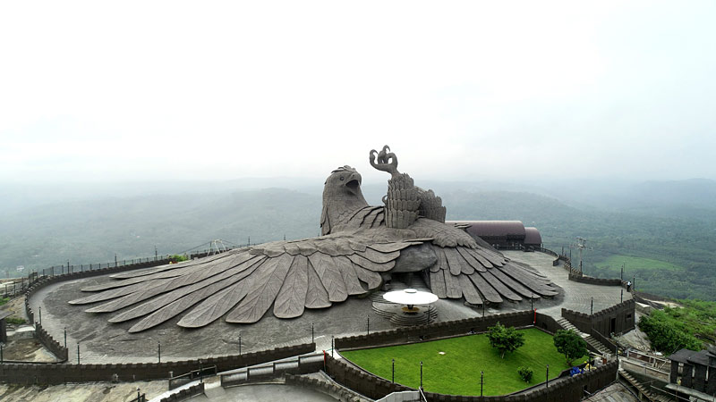 sculpture d'oiseau en Inde
