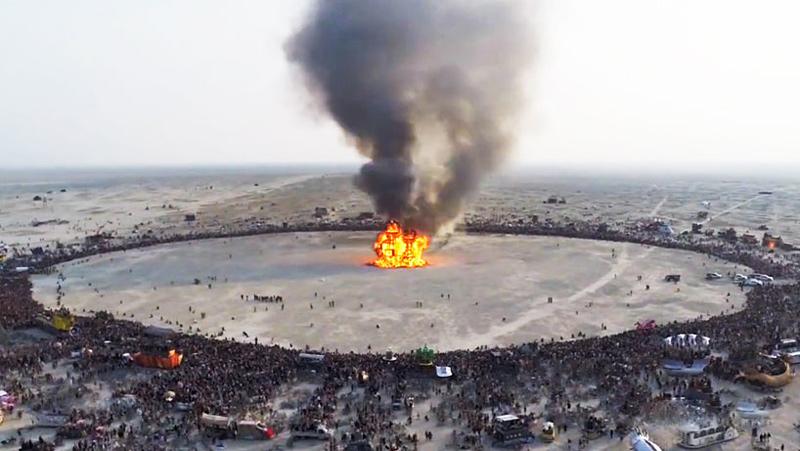 Burning Man 2014 vu du ciel avec un drone
