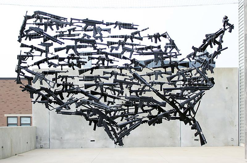 carte des Etats-Unis avec des armes